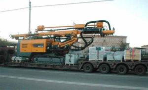 Перевозка буровой установки и вышек на трале